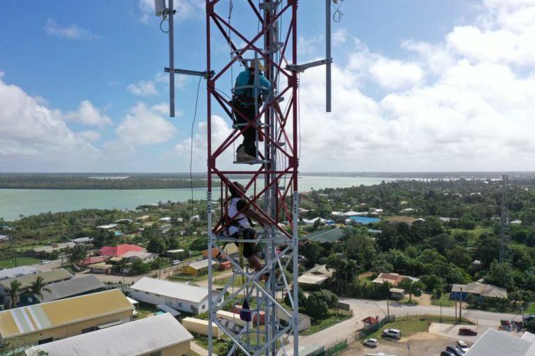 WanTok Tonga Engineer On Tower